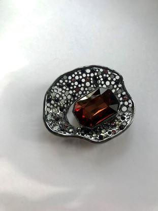 Изображение Бижу Брошь металлич ракушка камень молодое вино
